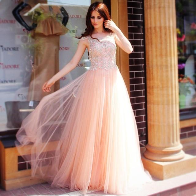 Платья в махачкале напрокат фото